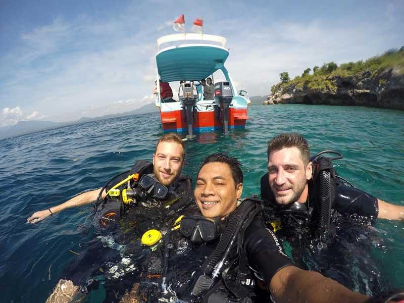 paket snorkeling tour ke pulau Menjangan